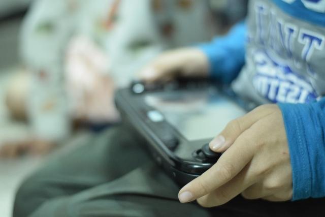 格闘ゲームのネット対戦は有線接続がマナーは本質がずれてないか?