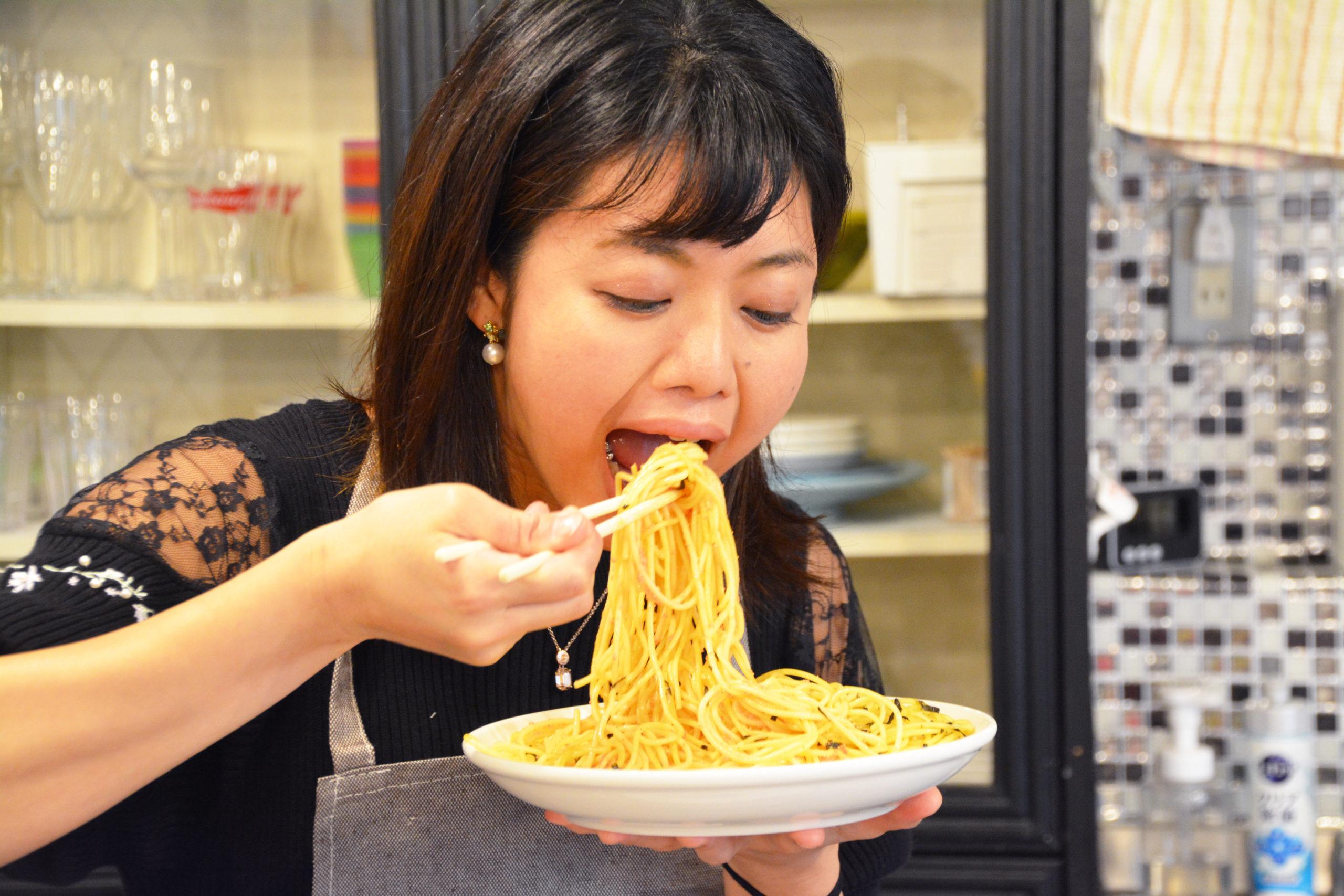 大食いYouTuber~KASUMI ASMRから学ぶ!信頼とイメージを守る方法